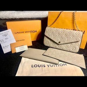 •NWT WITH RECEIPT!• Louis Vuitton Felicie Pochette